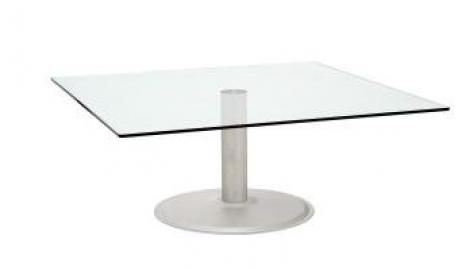 Global Coffee Table 900 x 900 clear