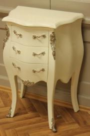 small baroque chest of drawers in creme white laquere