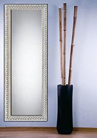Original wood mirrors: model EXETER. Colour: Antique white.