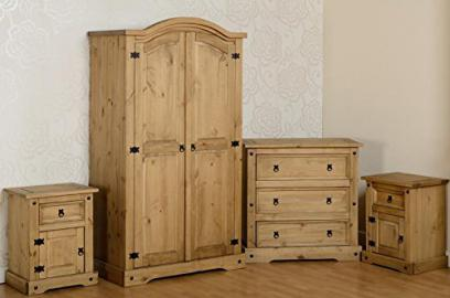 Corona Bedroom Set in Distressed Waxed Pine
