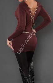 Sweter czekoladowy brąz zdobiony złotym łańcuszkiem na plecach | sweter damski - Lejdi