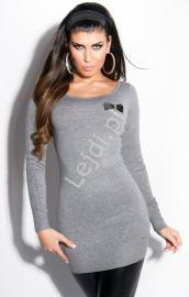 Szary wełniany sweter z kokardkami i koronką na plecach 131 - Lejdi