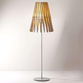 Lampadaire conique Stick en bois