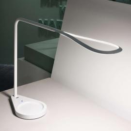 Belle lampe à poser LED Kinx