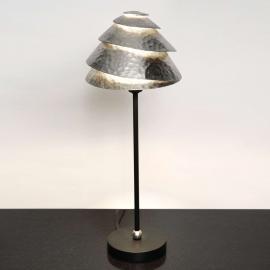 Elégante lampe à poser Snail One