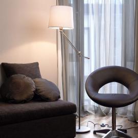 Charmant lampadaire MILAN avec abat-jour en coton