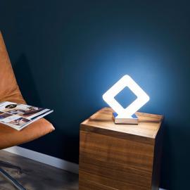 Lampe à poser de forme rectiligne Pori