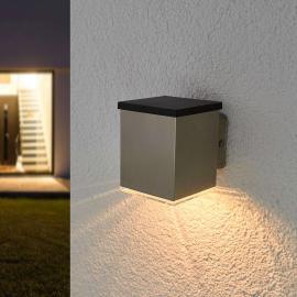 Applique solaire LED angulaire Tyson en inox