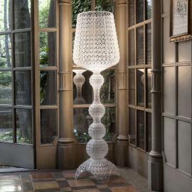 Lampadaire LED de designer Kabuki, transparent