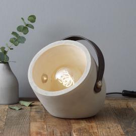 Lampe à poser ultra-tendance Copain en béton