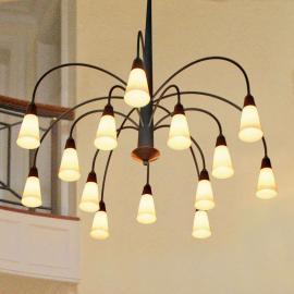 Imposante suspension STELLA à 14 lampes