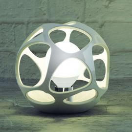 Élégante lampe à poser en polymer Orgánica