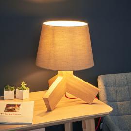 Avec un câble rouge - lampe à poser en bois Tilda