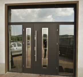 Fargo 12B - exterior front entry door