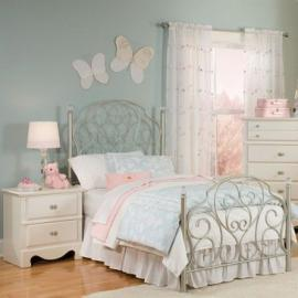 Standard Furniture Spring Rose 2 Piece Bedroom Set in White