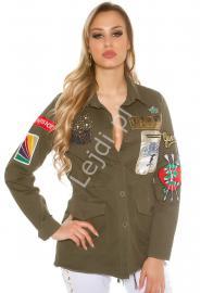 Kurtka damska w kolorze khaki | kurtka młodzieżowa z naszywkami - Lejdi