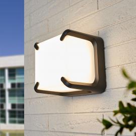 Quadratisch geformte LED-Außenwandleuchte Armor