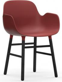 Fotel Form czerwony z czarną dębową ramą