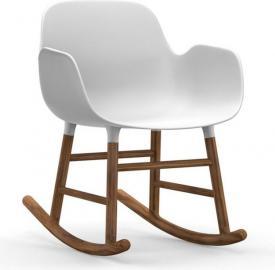Fotel bujany Form drewno orzechowe biały