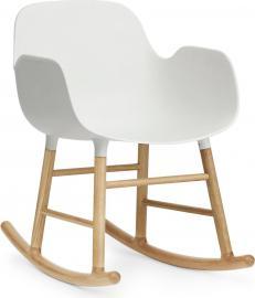Fotel bujany Form drewno dębowe biały