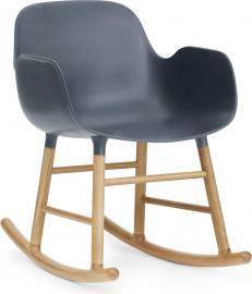 Fotel bujany Form drewno dębowe niebieski