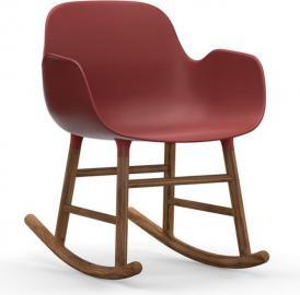 Fotel bujany Form drewno orzechowe czerwony
