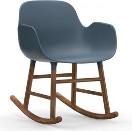 Fotel bujany Form drewno orzechowe niebieski